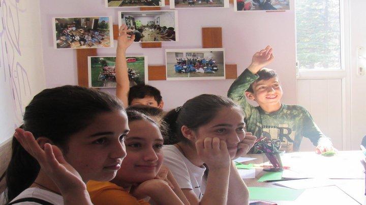 ინგლისური ენის შესწავლა ტყიბულელი მოსწავლეებისათვის