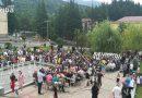 განათლების მინისტრმა ტყიბულელი და თერჯოლელი პედაგოგები და მოსწავლეები დააჯილდოვა